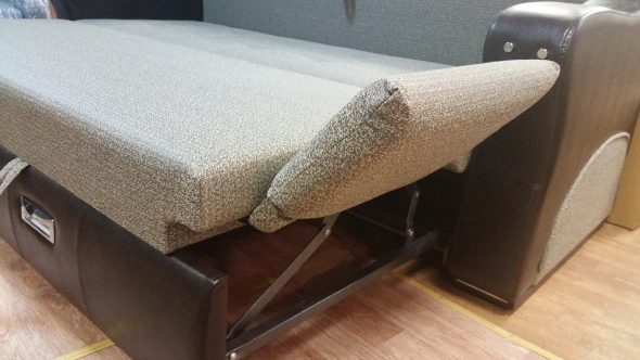 Диван-стол и кровать