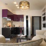Дизайн кухни с диваном современно