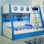 Двухъярусная детская кровать бело-синяя