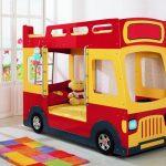 Двухъярусные кровати-автобусы