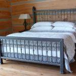 Кровать своими руками особенности изготовления и исползуемыие материалыи
