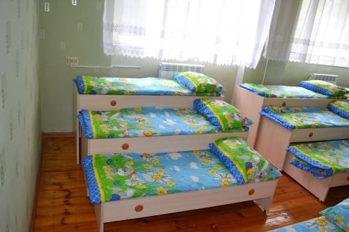 Кровати и кроватки для детского сада