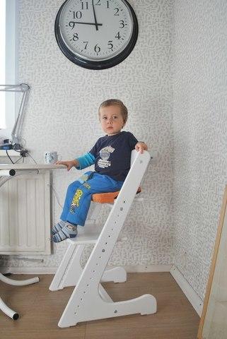 Растущий стульчик белого цвета