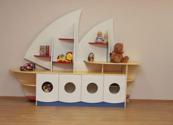 Стеллаж для игрушек-кораблик