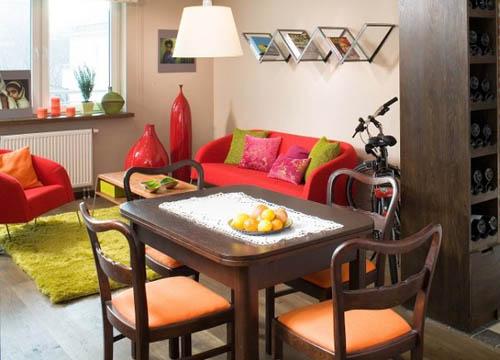 В полной гармонии – обеденный стол на стыке кухни и гостиной