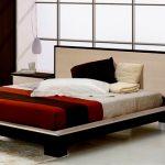 двуспальная кровать виды