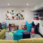 бескаркасная мебель в комнате