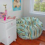 бескаркасная мебель в комнате фото