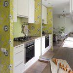 дизайн кухни с зеркалом