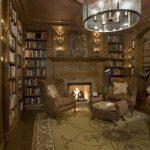книжный шкаф в офисе
