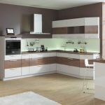 дизайн кухни бело бежевый