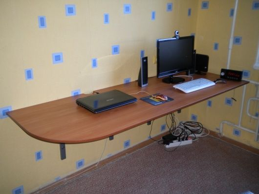 компьютерный стол без ножек