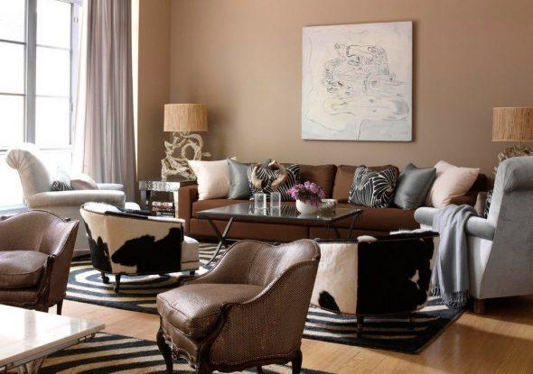 коричневый диван с креслами
