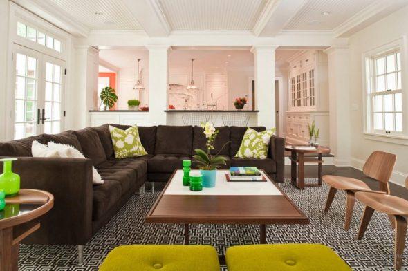 современный коричневый диван