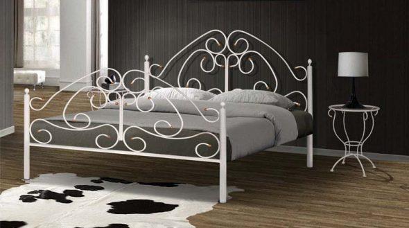 кованая кровать белая фото
