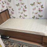 красивая деревянная детская кроватка