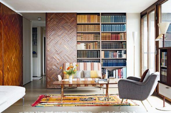 красивый книжный шкаф