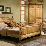 кровать из массива дерева кантри