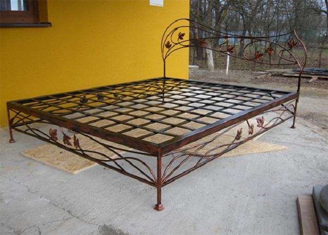 Как сделать кровать железную своими руками