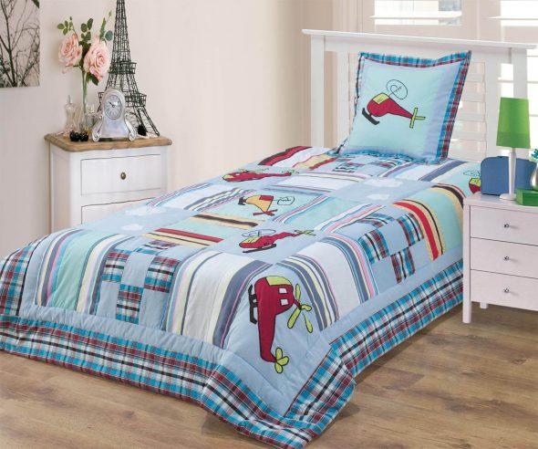 пошив детских покрывал на кровати