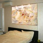 современная картина в спальню