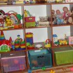 стеллаж для игрушек в дом