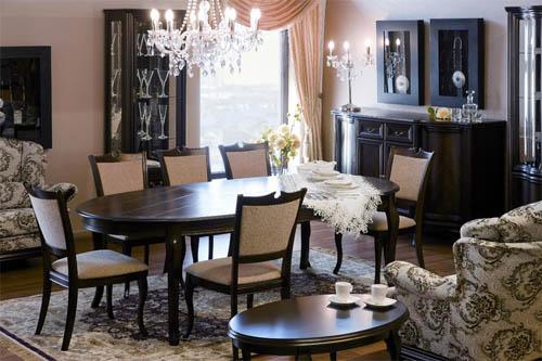 выбрать обеденный стол со стульями для гостиной