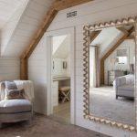 зеркало в спальне прямоугольное