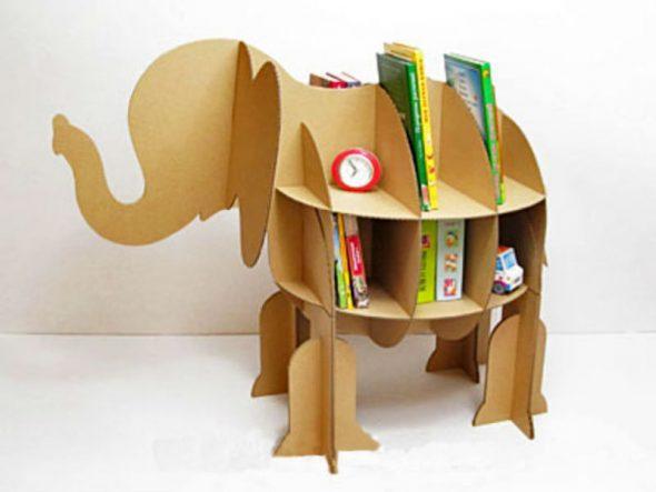 Детские стеллажи из картона-слоник