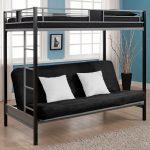 Двухъярусная кровать с черним диваном