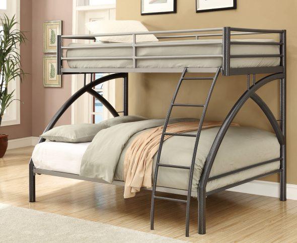 Двухъярусная металлическая кровать изображения