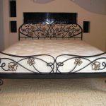 Двуспальные кровати кованые