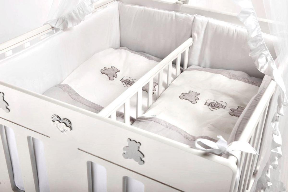 Выбираем кроватку для двойни