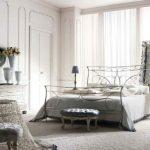 Кованая мебель в интерьере-кровать
