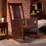 кресло качалка из дерева фото