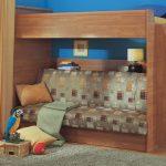 Кровать-чердак с диваном внизу в детскую