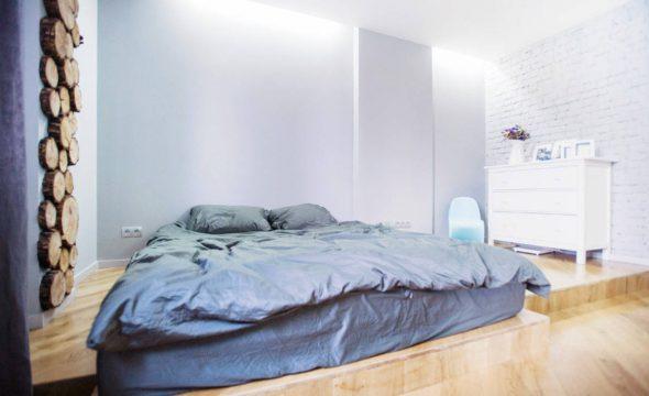 Матрас на полу вместо кровати