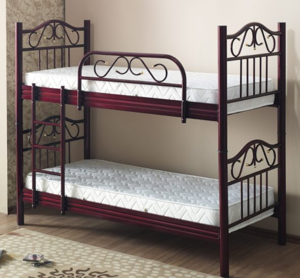 Металлическая детская двухъярусная кровать