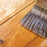 Пропитка защитит поверхность деревянного стола
