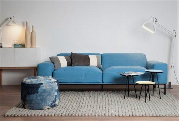 Синего цвета мебель