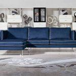 Угловой синий диван с белыми гранями
