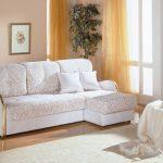 диван еврокнижка в спальне
