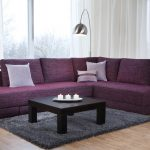 диван-кровать фиолетового цвета