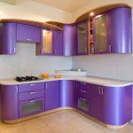 угловая кухня фиолетовая