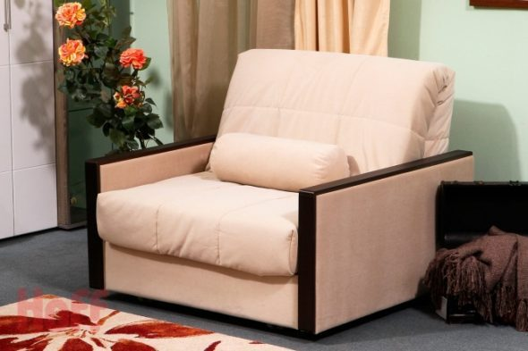 кресло кровать персикового цвета