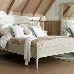 кровати в стиле прованс-красиво