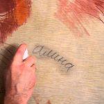 отмыть следы ручки с кожаного дивана