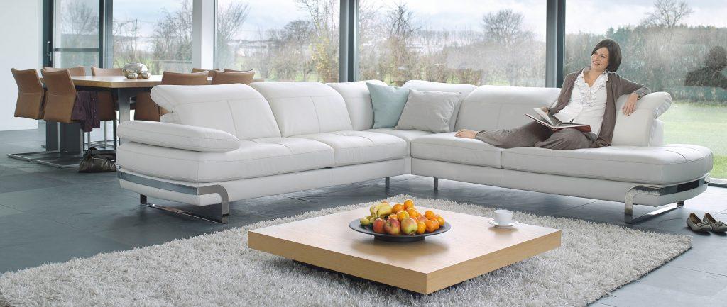 почистить диван из ткани в домашних условиях