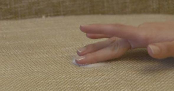 почистить диван в домашних условиях народными средствами