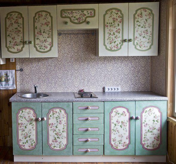 преобразить старую мебель своими руками